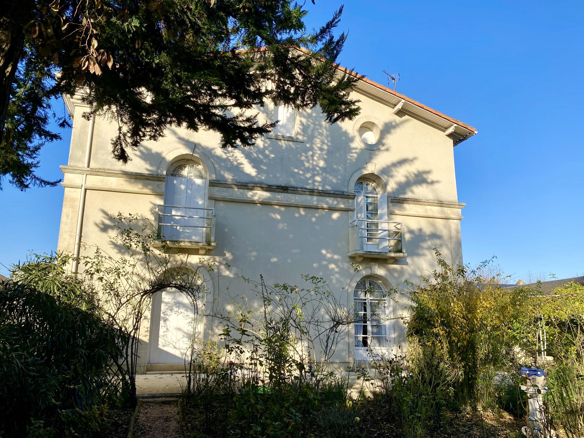 Vente Maison Bourgeoise Avec Jardin